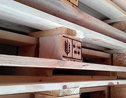 Купить деревянные поддоны Киев